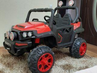 Big jeep.