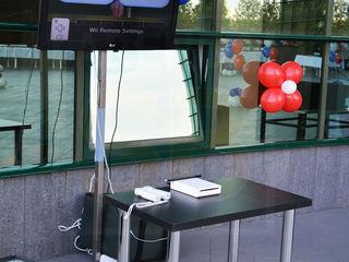 Arenda Monitor TV 50 inch, 130 cm diagonala + suport metalic h-200cm