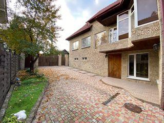 Casa Buiucani 250 m2 Dendrarium