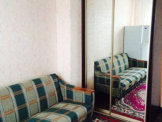 Camera in cămin de tip secție.