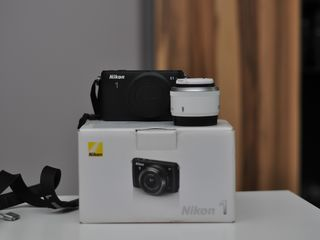 Nikon 1 S1 + obiectiv 18.5 f/1:1.8