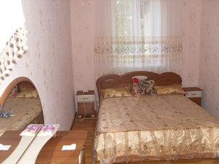 Apartament 3 odai in casa pe pamint