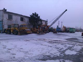 Lucrari terasament-buldozere t130,dranglain,excavator,masini.traler 25-45t .