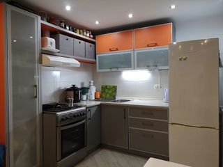 Super pret! Apartament cu terasa deschisa,3 camere,econom, direct de la stapin. Rent . Аренда