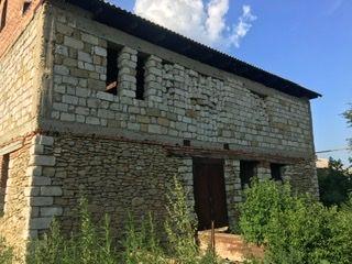 Продаётся недостроенный дом в городе Новые Анены