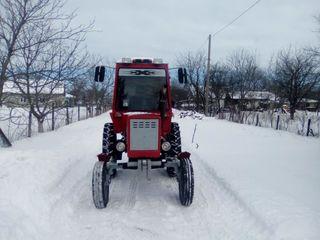 трактор и сеилка