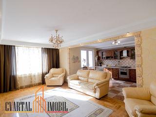 Va propunem spre chirie un apartament deosebit de luminos, confortabil si cu un design modern! 700 €