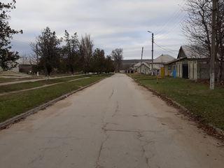 Teren de vizare in centrului comunei Chetrosu