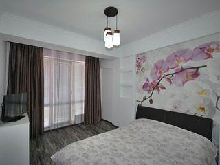 Продается 2-х комнатная квартира, с качественным ремонтом, Мебель и Техника. Центр Города!
