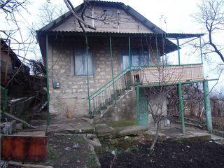 Дом Вадул-луй-Водэ.котельцовый,63кв.м.Участок 8,5соток.Есть фруктовые деревья,виноградник ,рядом лес