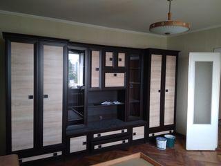 Vind dulap-perete pentru sufragerie, 3.60 metri lungime - stare foarte buna!