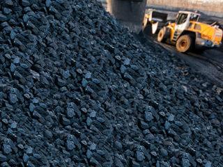 Качественный уголь оптом от 2750 лей тонна (навал). Доставка бесплатно.