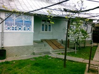 Se vinde casa. raionul Edineţ, sat. Lopatnic.