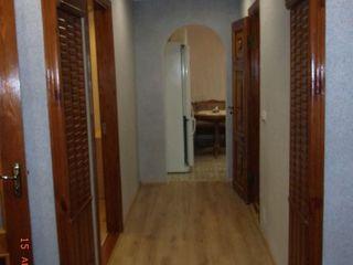 Продаётся 3 -комн. квартира в городе Дондюшaны