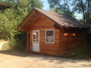 Деревянный дом  под  дачу