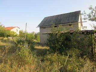 Продается дача, котельцовый дом и участок 12 соток, 25 км от Кишинева