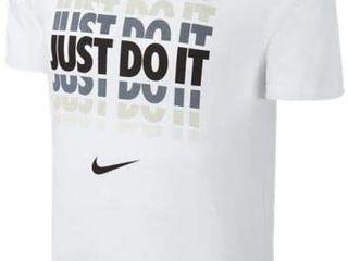 Только оригинальные футболки Nike и Convers все по 249 лей!