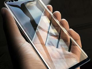 Зашитные стекла и чехлы на все модели телефонов