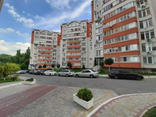 M2-Vînzare, Apartament- 3 camere, 93/mp, bloc nou, Centru, str. Valea Trandafirilor, Preț-66900