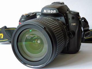NIKON D90 complect