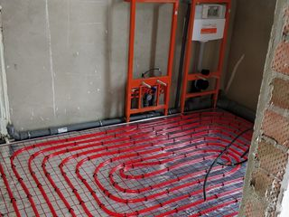Montam cazane,radiatoare,cazangerii,podele,системы отопления.Incalzire autonomă.instalator.santeh.