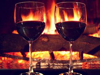 Заказать романтический вечер,номер для романтического вечера 599 лей, почасова 150 lei