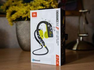 JBL Endurance DIVE !  Bluetooth. MP3