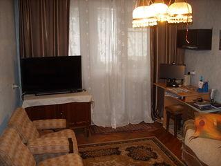 28999Eur!Urgent se vinde apartament cu trei odăi în sectorul Botanica!