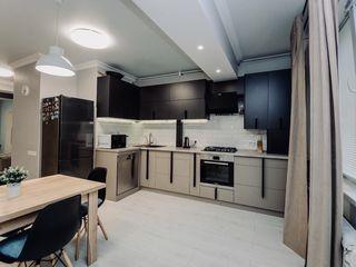 Apartament cu un dormitor si living spre inchiriere/ sect. Centru str. Melestiu