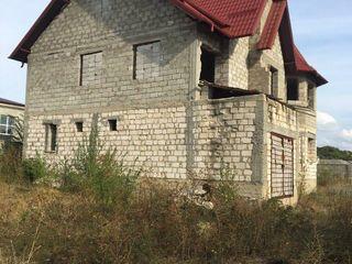 Vînd casă în satul Zîmbreni