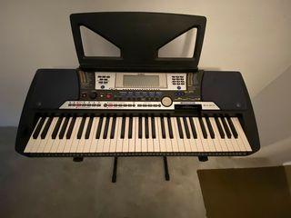 Синтезатор Yamaha PSR 540. Sintetizator, orga, clapa.