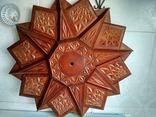 Продам деревянное украшение роза ветров - 100 лей