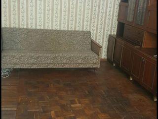 Продам квартиру в центре города Дондюшаны