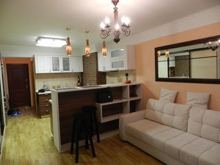 Apartament cu reparatie buna si moderna! vindem cu mobila!