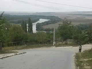 Дачный участок на берегу Днестра Коржево