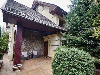 Se vinde casă cu 2 nivele în sect. Rîșcani