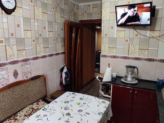 Продается хорошая квартира с ремонтом  и мебелью