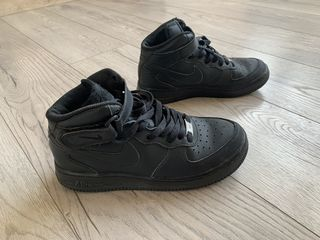 Продаю Nike Air Force, размер 37.5, 300 лей
