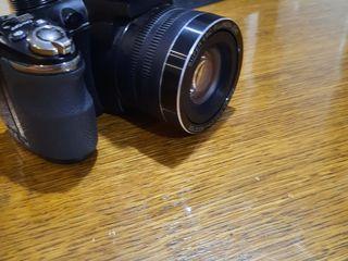 Vind aparat foto  in stare foarte buna