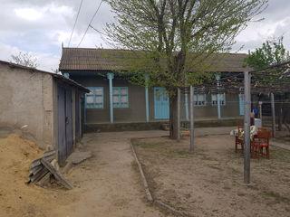 Se vinde casă s. Tigheci r-ul Leova