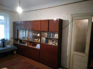 2 комнатная на Шелковом сталинка