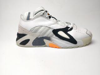 Adidas litestrike white