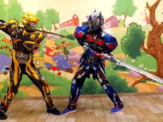 Optimus Prime & Bumblebee. Eroii Transformers vin la petrecerea ta!