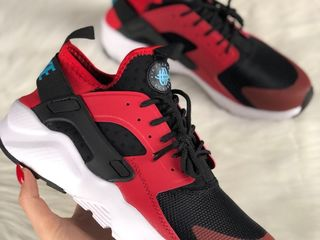 Nike Air Huarache Ultra Black Red.