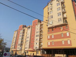 3 camere Bloc Nou centrul orașului!
