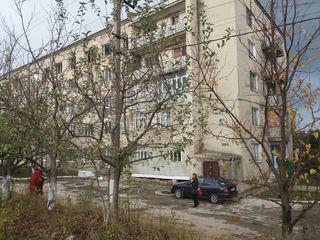 Продам  Квартиру 2-х комнатную(бывшее общежитие )