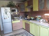 Se vinde urgent casă de locuit în centru orasului Drochia!!!