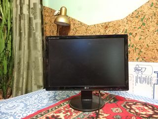 Продам свой монитор LG W1942S-PF
