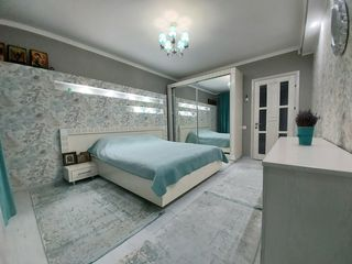 Se vinde, apartament sec. Centru str. Albișoara, nivelul 5 din 6, Bloc Nou, Disign Individual
