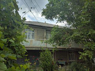 Casa cu 2 nivele in orasul Soroca